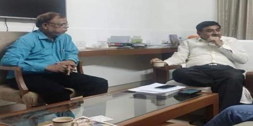आत्मनिर्भर गांव-आत्म निर्भर भारत के लिए गोबर से बनी सामग्री का प्रयोग करें : डॉ. वल्लभभाई कथीरिया