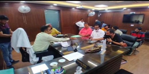 समस्त महाजन द्वारा अयोध्या में आदर्श गौशाला की स्थापना पर दूसरे राउंड की बैठक संपन्न